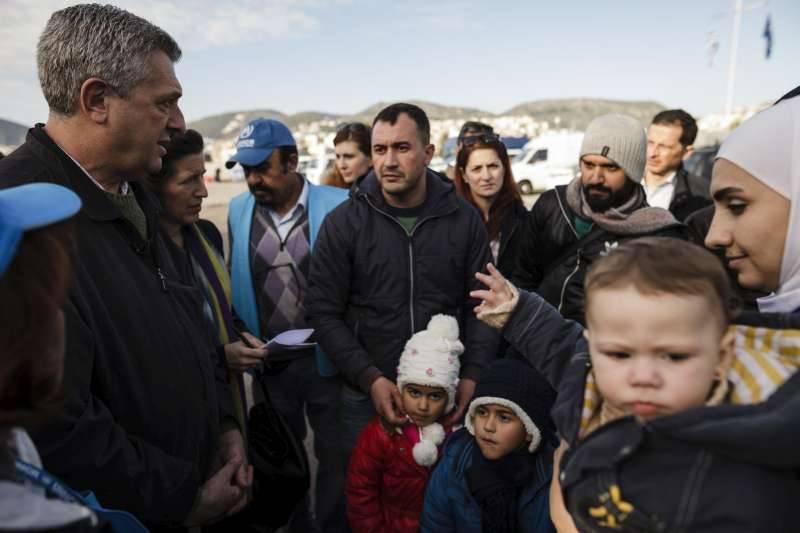ACNUR: 6 passos ao encontro de uma solução para a crise de refugiados