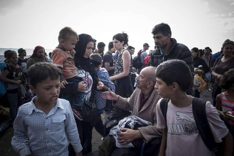 ACNUR e UNICEF lançam pontos de apoio para os mais vulneráveis ao longo da Rota dos Balcãs