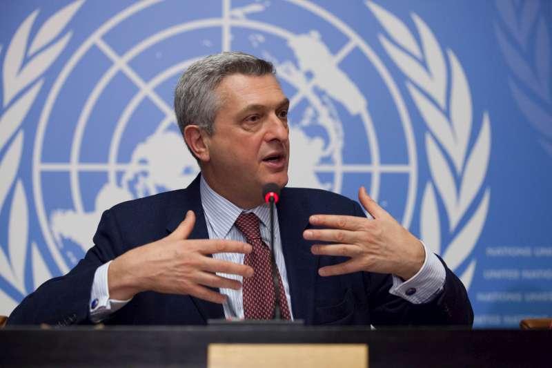 Há necessidade de soluções para conter a crise global de refugiados, diz Grandi